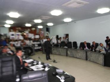 1ª ASSEMBLEIA COM SERVIDORES DA EDUCAÇÃO NO 2º SEMESTRE LETIVO DE 2013